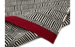 Dywan wełniany 120x180 Black/Red